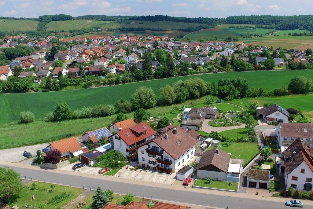 Ferienwohnung aus  Neuhausen